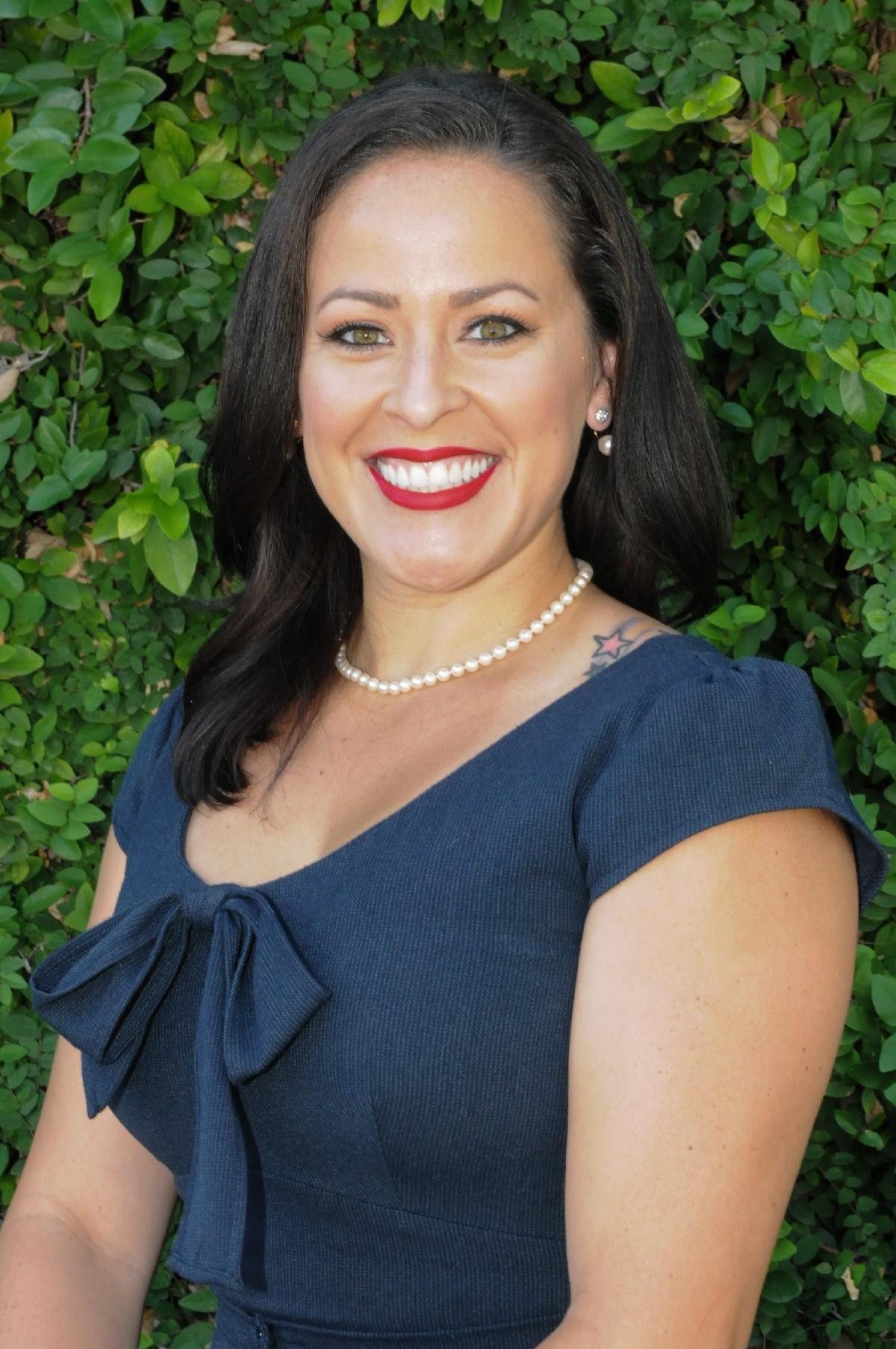 Vanessa Perry headshot