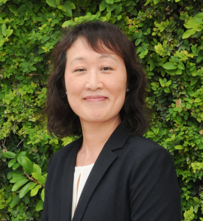 Jina Yoon headshot