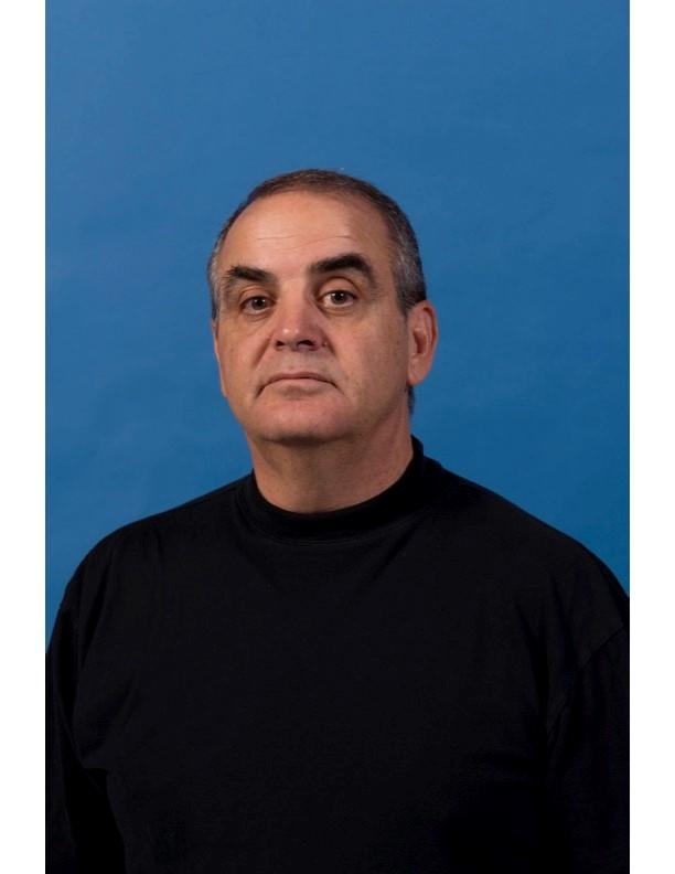 headshot of Paul Schutz