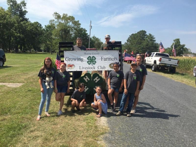 Growing Farmers 4-H Club all ready for the Carthage 4th of July Parade