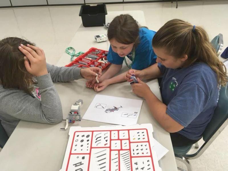 Camp participants build their robot