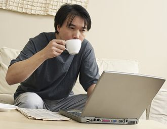 teacup-laptop-man.jpg