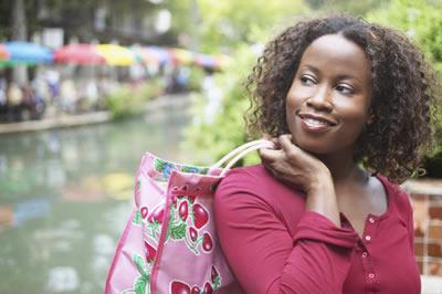 smiling-purse-woman.jpg