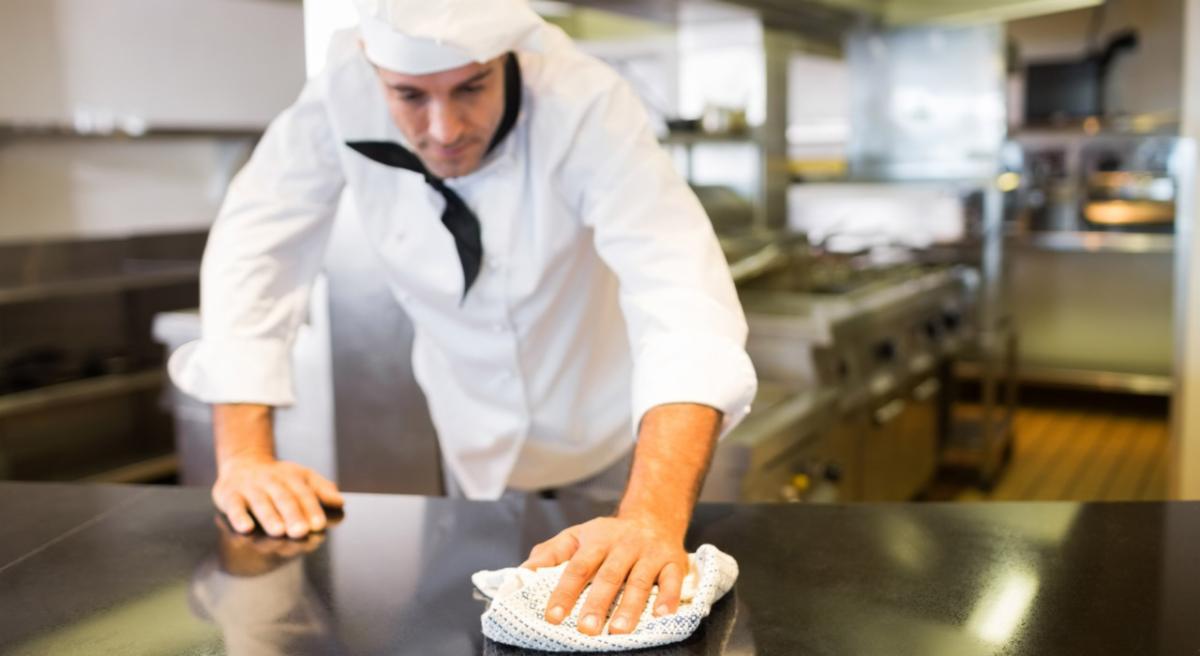 Kitchen Cleaning-Sanitzation