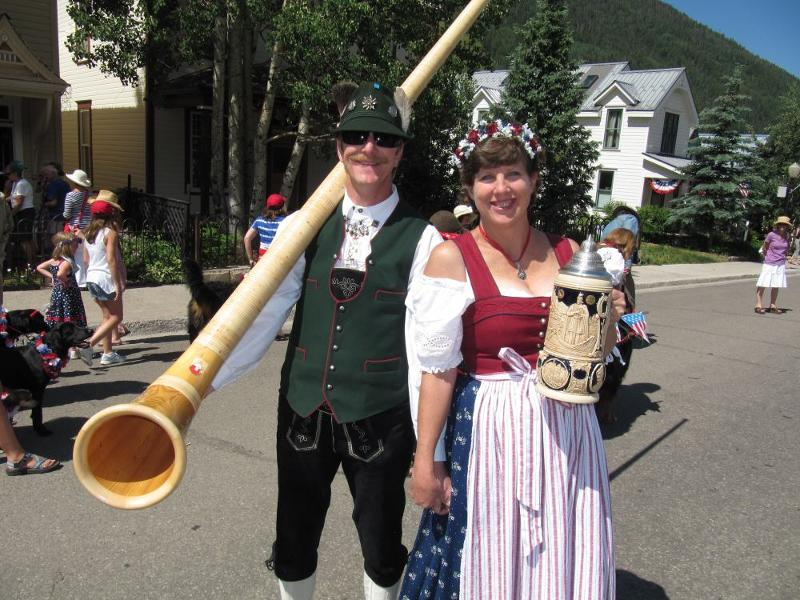 Alpine Couple with Alpen Horn and Stein
