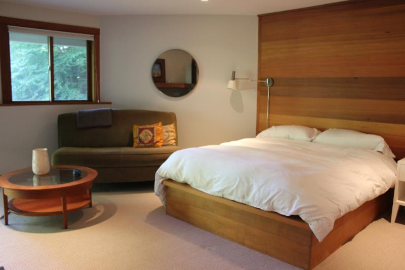 Five Bedrooms Including Three Master Suites