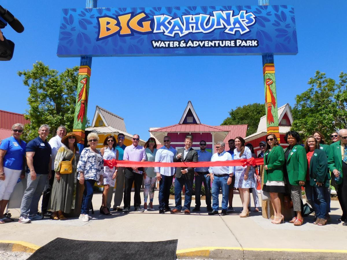 Big Kahuna's Ribbon Cutting