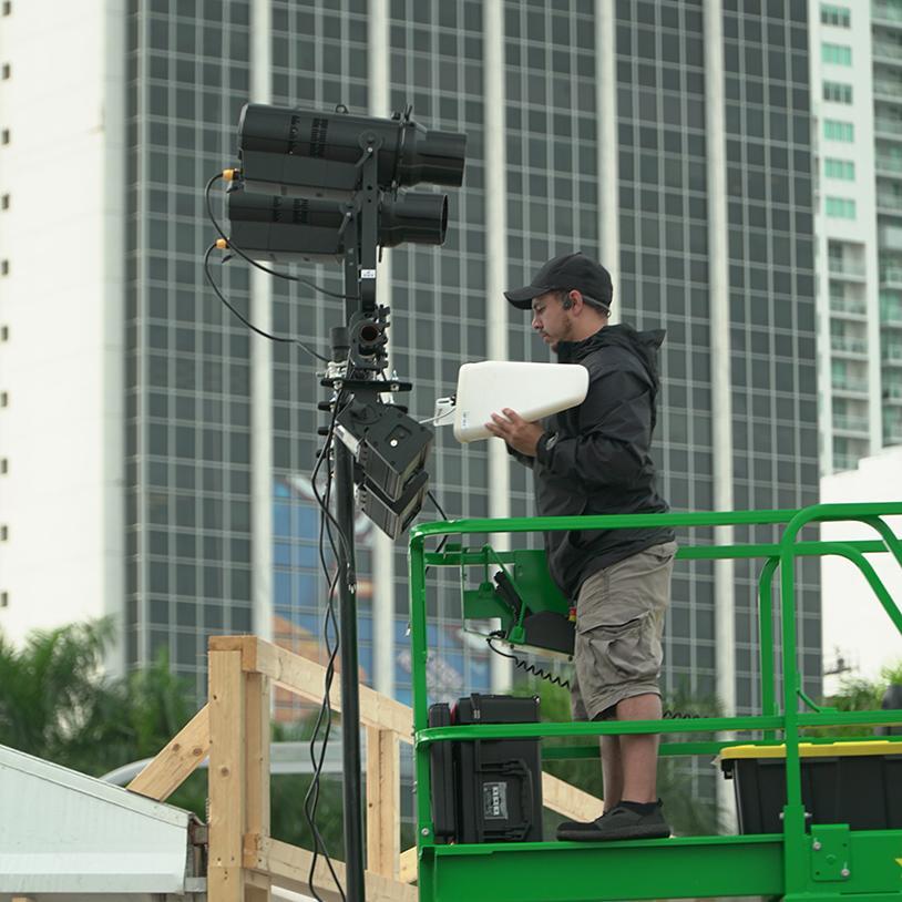 Installing Multiverse wireless DMX at Super Bowl LIVE