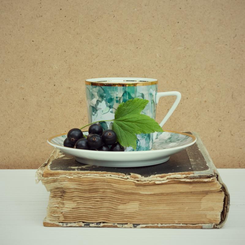 vintage_book_and_tea.jpg