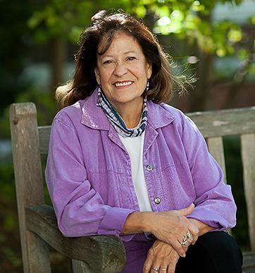Patty Loew image