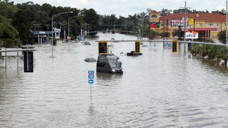 Baton Rouge flooding image