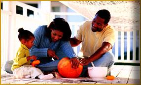 pumkin-carving-family2.jpg