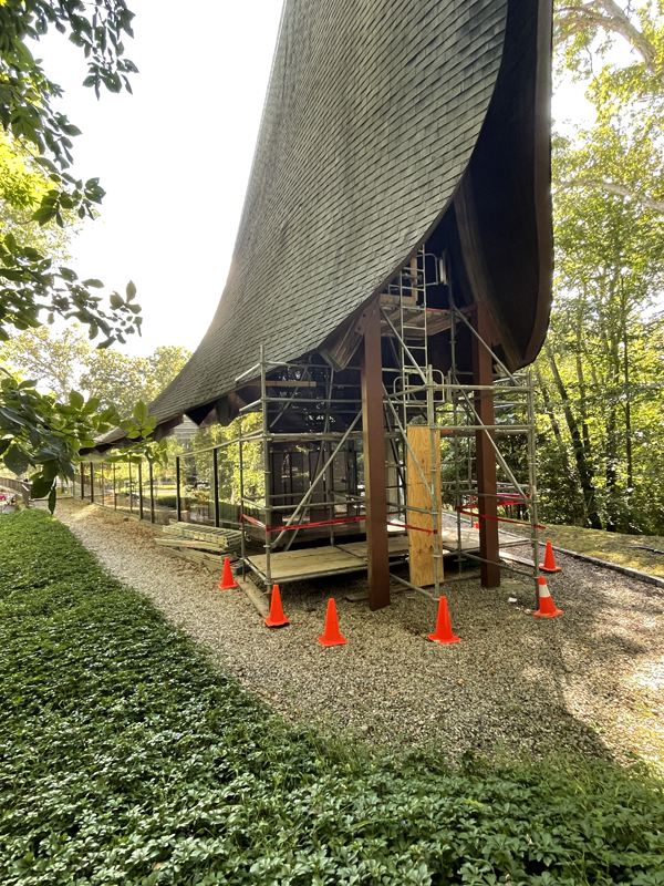 scaffolding outside side view from Memorial Garden