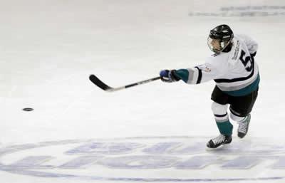 hockey-player.jpg
