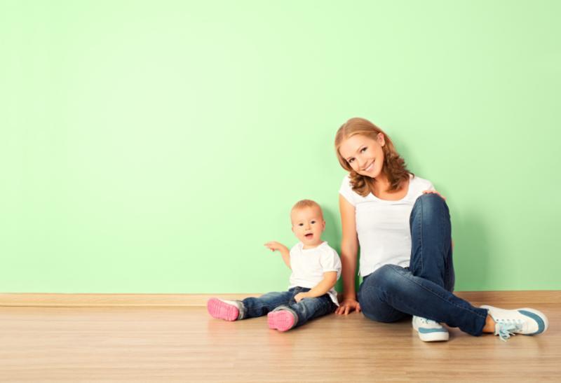 mother_child_greenbg.jpg