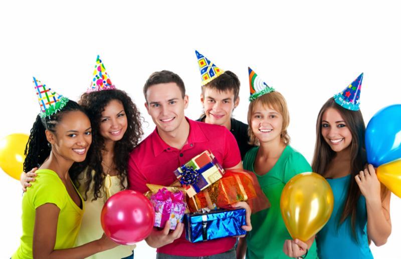 teenagers_celebrate_party.jpg