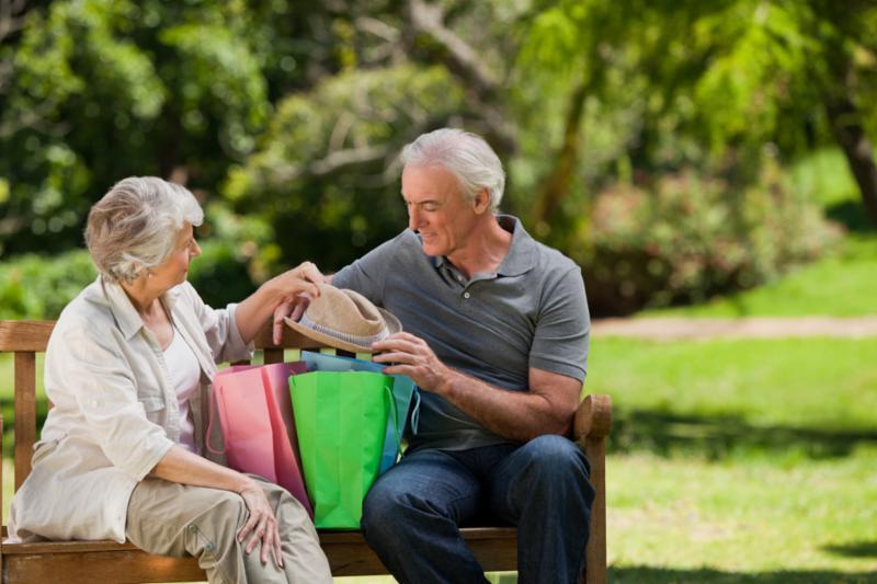 retired_couple_shopping.jpg