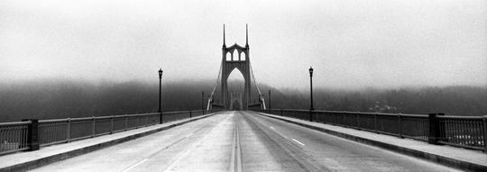 headerpic_bw_bridge_zeb_andrews