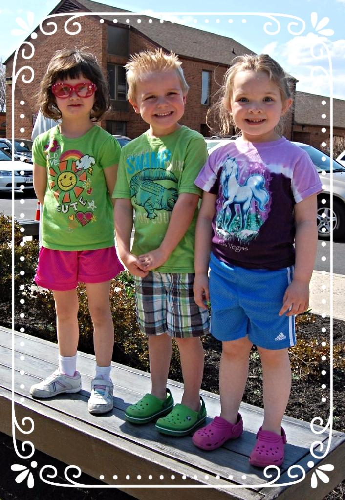 Preschools waiting for siblings in carpool