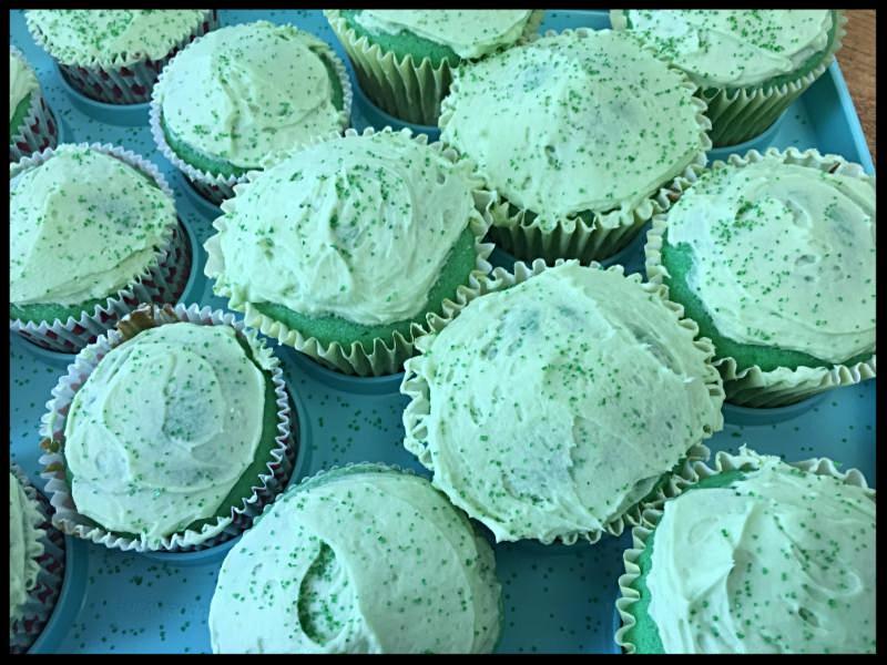clare cupcakes!