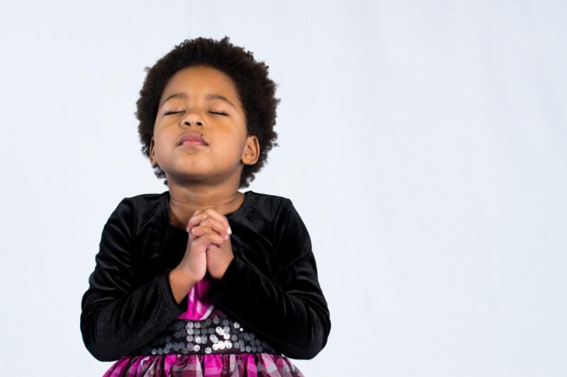 praying_little_girl.jpg