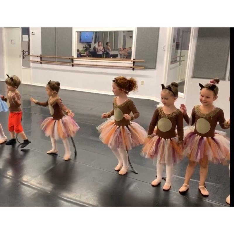 Tiny Tots Dance Camp 2019 - Squirrels