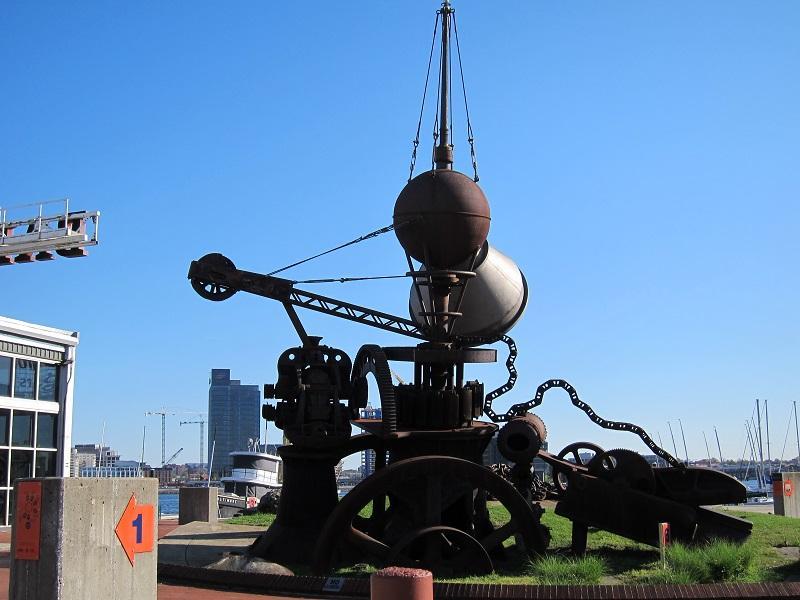 Working Point sculpture