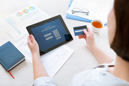 6 Benefits of Offering Electronic Bill Payment Options