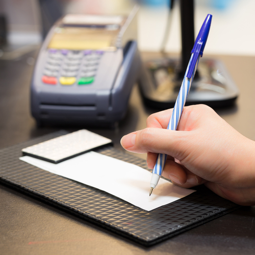 """Credit Card Signature Requirements Meet Their """"Day of the Dodo"""""""