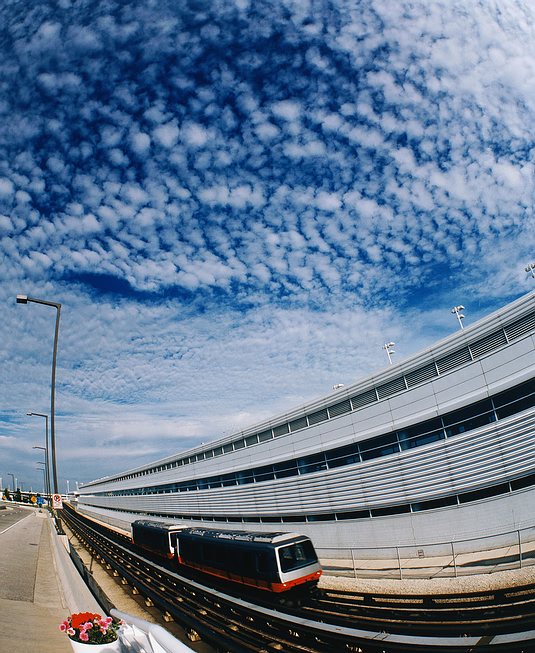 train_highway.jpg