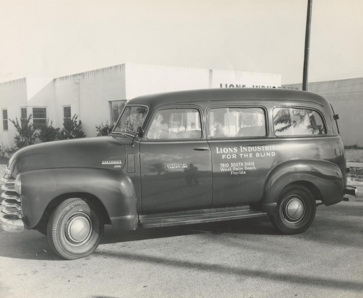 1950's black station wagon