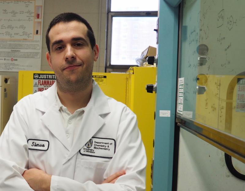 Dr. Simon Rondeau-Gagne in a laboratory