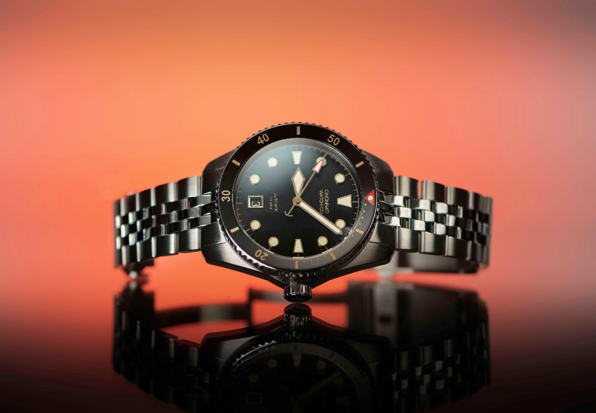 black dive watch