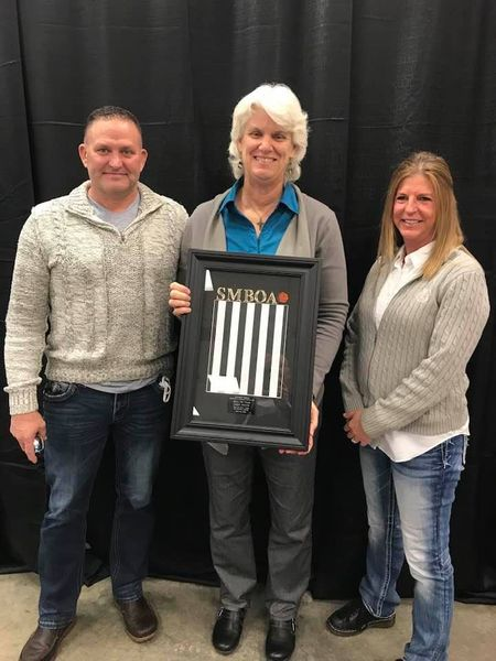 dive instructor linda maune inducted into basketball referee hall of fame