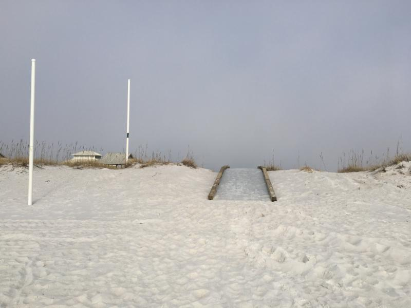 New Kayak Launch At Navarre Beach Park The White Poles To Left Mark 300 Ft Out From Snorkeling Reef
