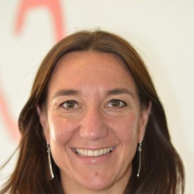 Tania Loenneker