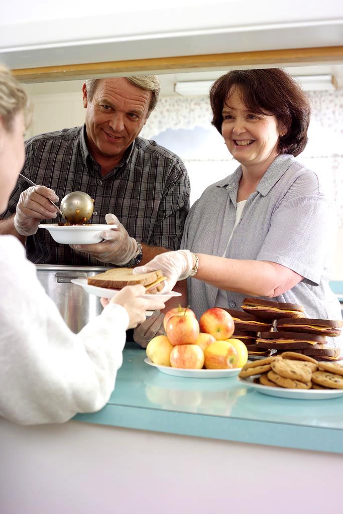 soup_kitchen_volunteers.jpg