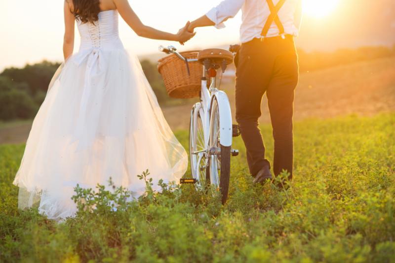 bride_groom_bicycle.jpg