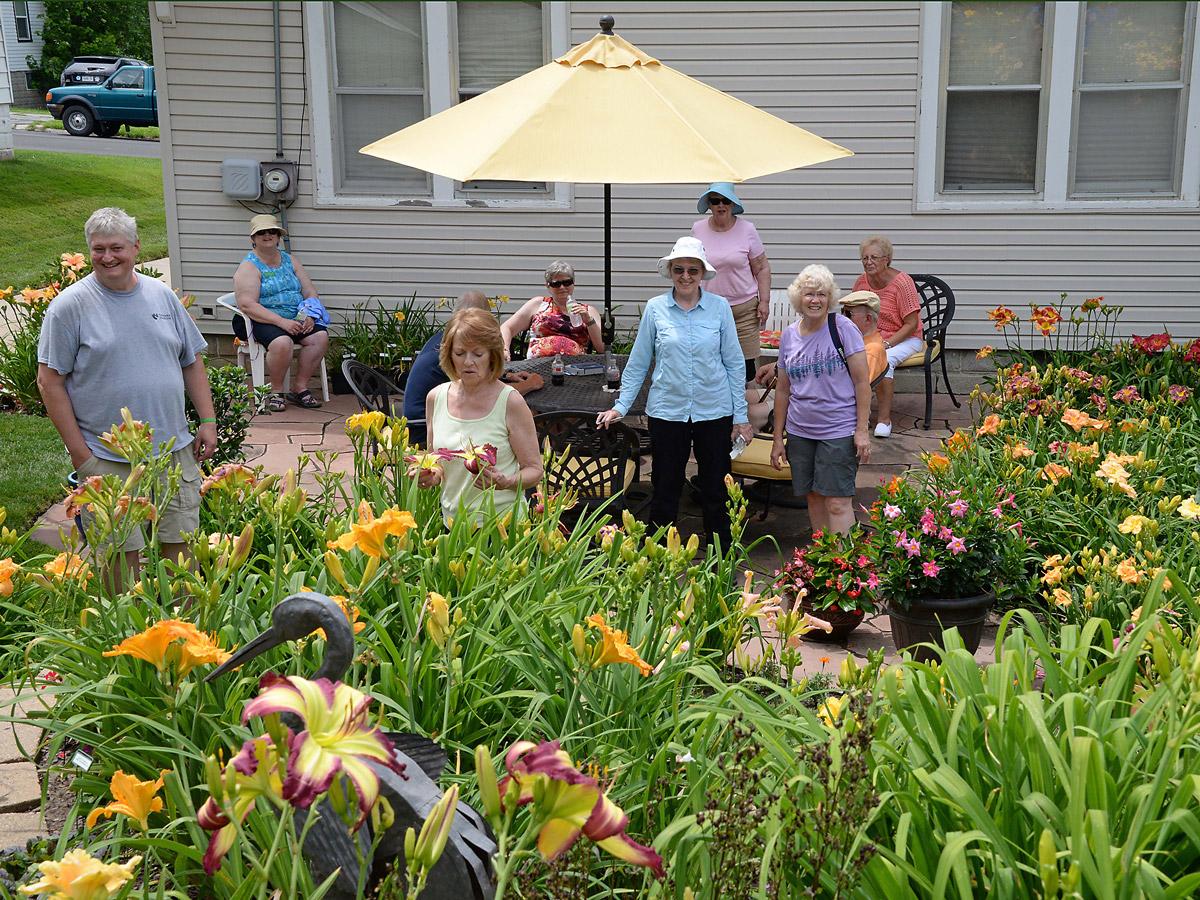 Bremers garden patio