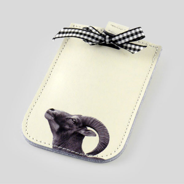 smartphone case decorated with a bow