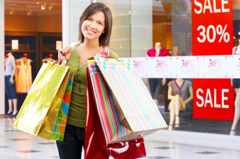 woman_shoppingsale_bags.jpg