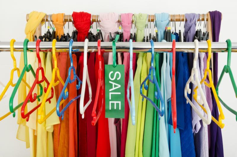 empty_rack_of_clothes.jpg