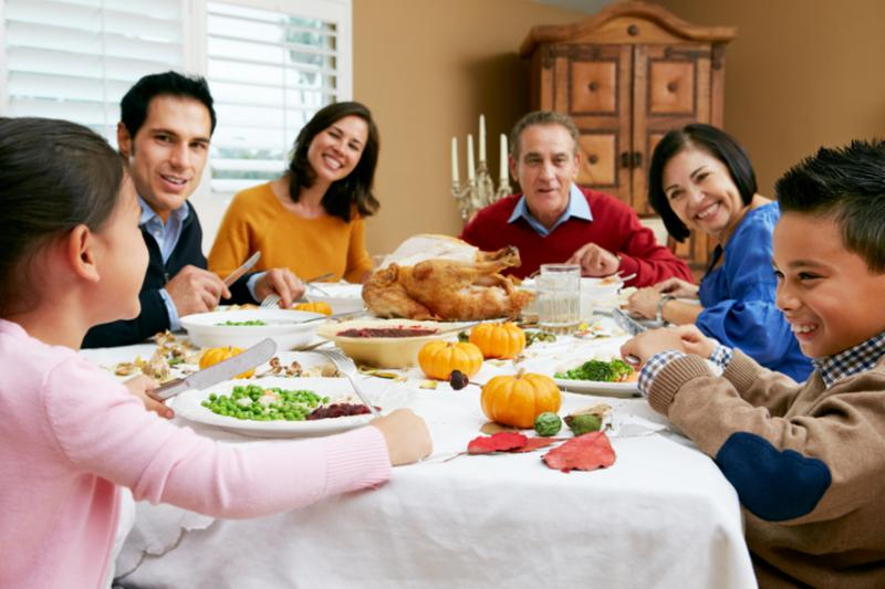 whole_family_at_dinner.jpg