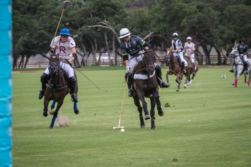 Carlitos Gracida of La Karina on his way to scoring in the third chukker.