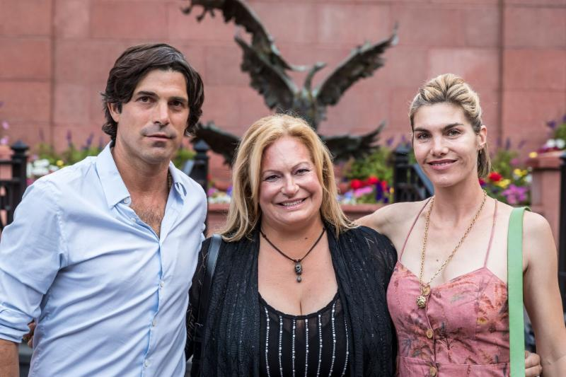 Melissa Ganzi with Nacho Figueras and Delfina Blaquier.
