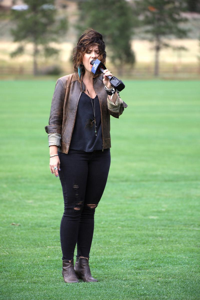 Denver singer songwriter Jenny Shawhan sings a soulful National Anthem.