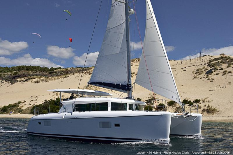 Recently Reduced 2009 Lagoon 420