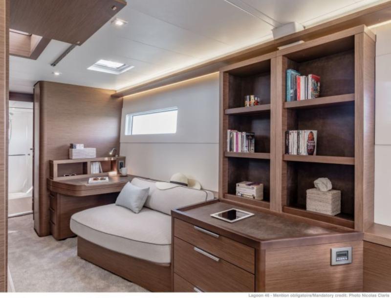 catamaran brokers