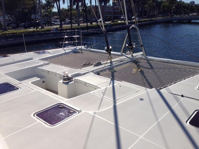 catamaran brokerage
