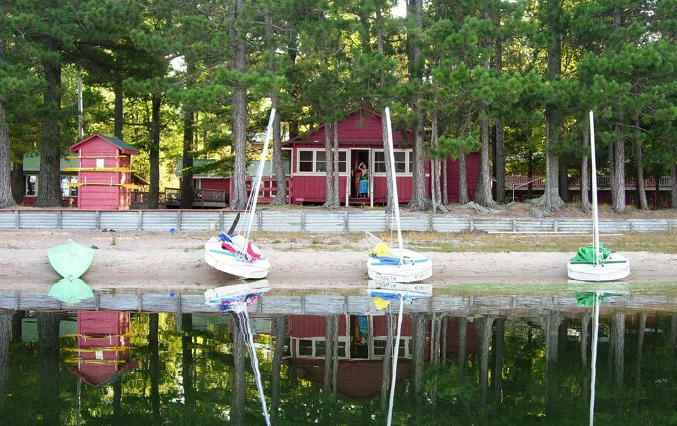 cabins _ shoreline_small_DSCN6853.jpg